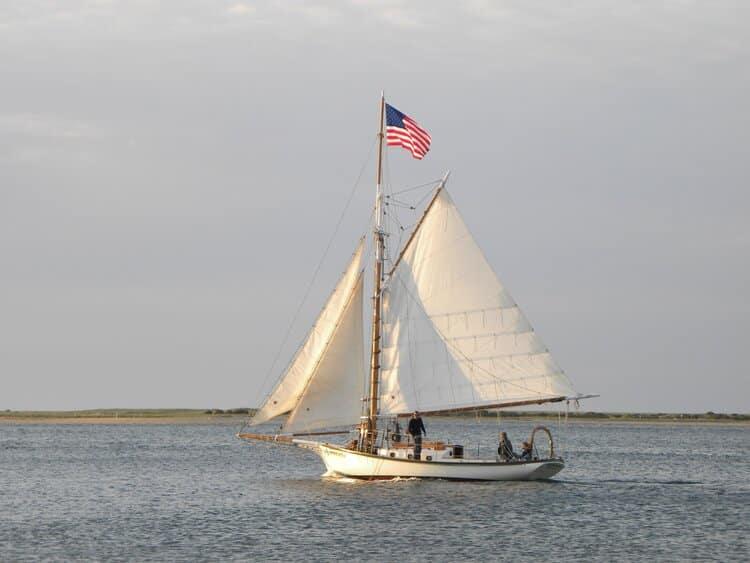 EndeavorSailing BacklitSailboat2 2